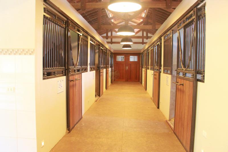 Baias para Cavalos - Vista Interna